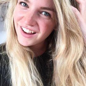 Julia de Jong