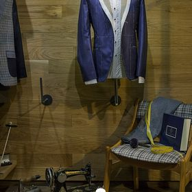 Merkos Manolopoulos Tailor made clothing