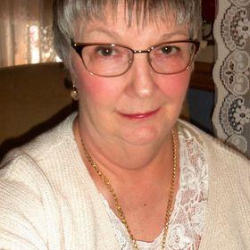 Debbie Dabble