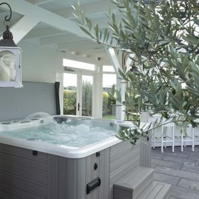8 Best Vacanza Jacuzzi Series Images Jacuzzi Tubs For Sale