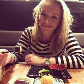 Anne-Claire van der Waal