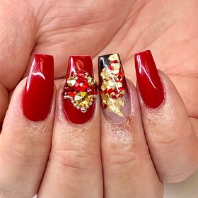 EMBELLISHED NAILSBYASH