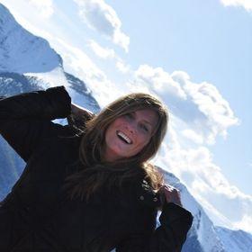 Angela Proestos