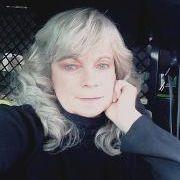 Gloria Christian