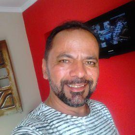 Walter R. Santos