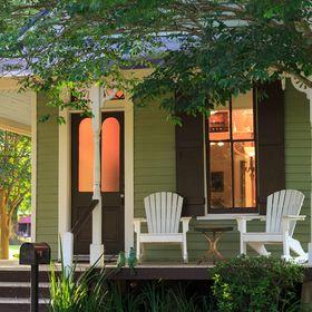 Maison D'Memoire Bed & Breakfast Cottages