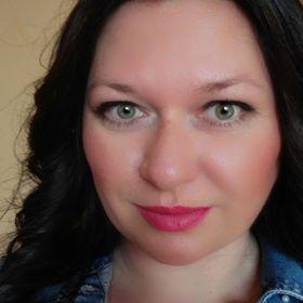 Veronika Ikrényiová