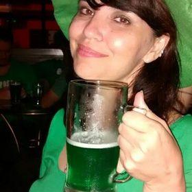Carol Costa Lino