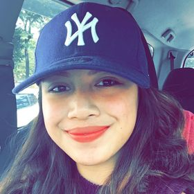 NicoLe Yvonne Flores