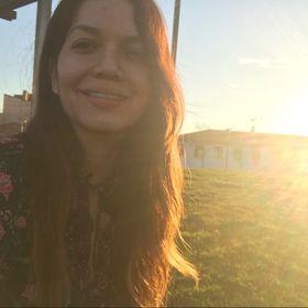 Carolina Olvera T