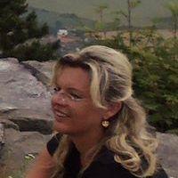 Petra Skuthanová