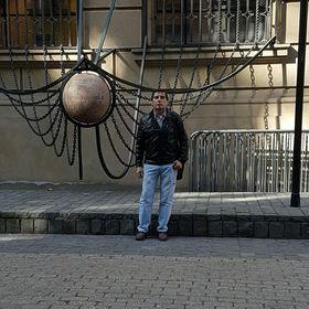 Enrique Salas