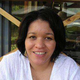 Natalie Cavernelis