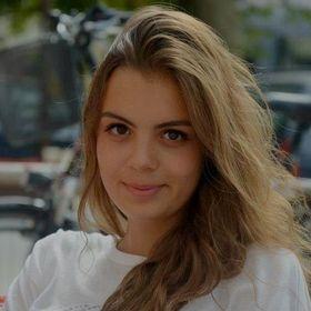 Pauline Charnal