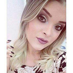 Luana Rodrigues makeup