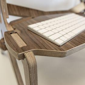 StällDesk: The Standing Desk, Reinvented.