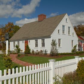 Early New England Homes ®