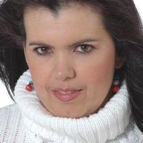 Angela Arango