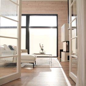 Modern Loghouse