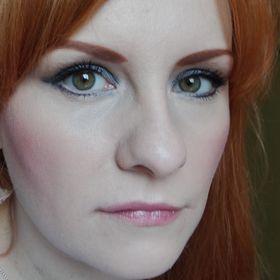 Charly Makeup