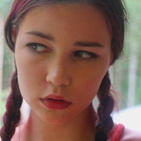 Polina COOL