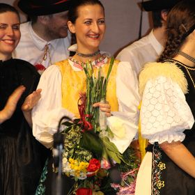Simona Dikaszova