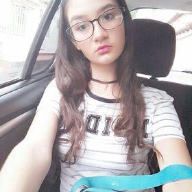 Angie Chaya