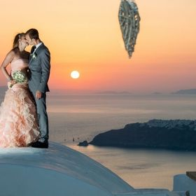 Weddings in Greece, by Heliotopos