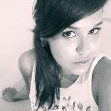 Isabele Melo