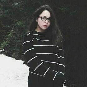 Nadia Hutencu
