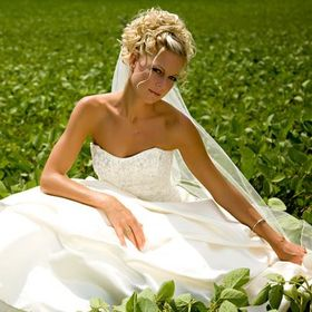 Lasting Memories Bridal and Evening Wear