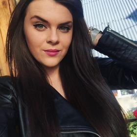 Vanessa Vešeléniová