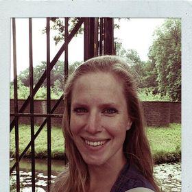 Anja Roubos-Koring