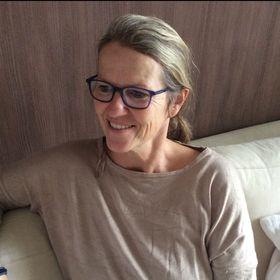 Anneke Middelveld