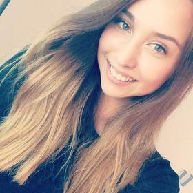 Veronika Csuthi-Hansen
