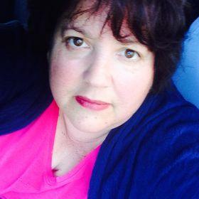 Carolyn Leah