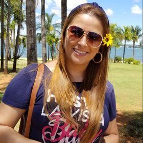 Elaine Gomes