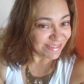 Bethania Almeida