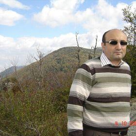 Latif Toker