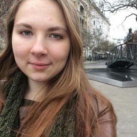 Polina Esaulova
