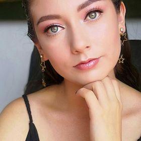 Laura Pedroza
