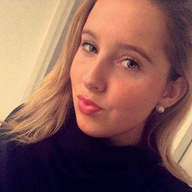 Annika Smit