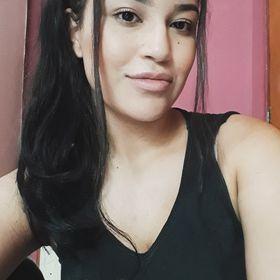 Natália Caroline