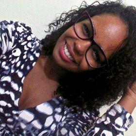 Adrielle Oliveira