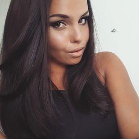 Natálie Cmíralová