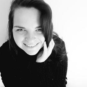 Angie Nel