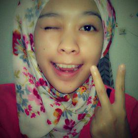 Ayu Ratna Dewi