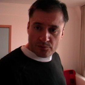 Pál Ujvári