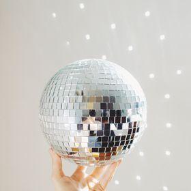 Stephanie DuPont | Glittery Moon Vintage