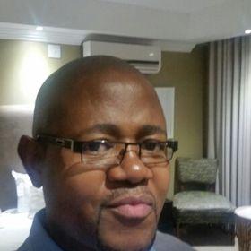 Skhumbuzo Mgobhozi